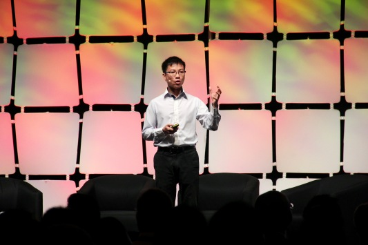 Dr. Quoc Le from Google Brain, speaking at the MIT Innovators unders 35 forum Credit: Biotechin.Asia