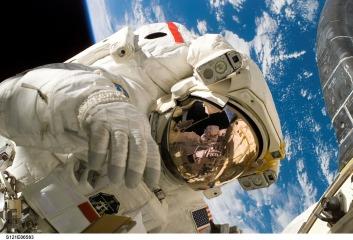 astronaut-11080_960_720